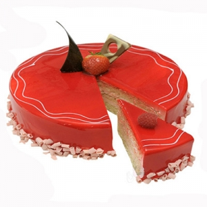 Sizzling Strawberry cake